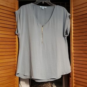 Gorgeous, girly top. Great for work or with jeans